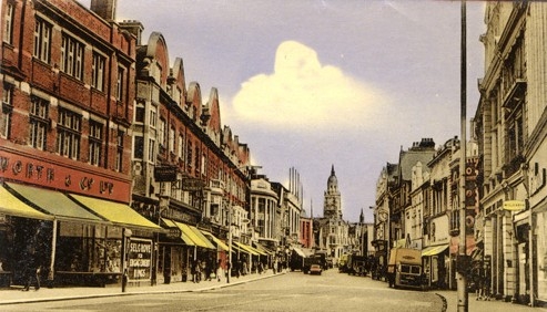 How Croydon North End looked in the 1960s, before the Whitgift Centre or Centrale: how many retailers are to go the same way as Woolworths?