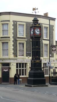Clock_Tower_South_Norwood