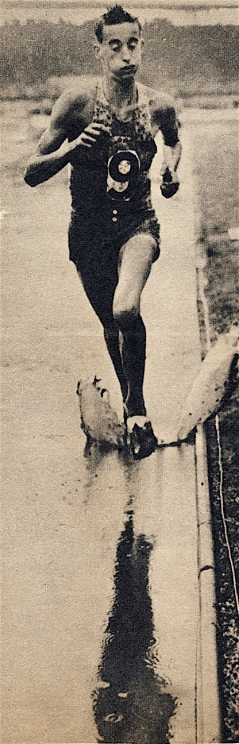 """Gordon """"Puff Puff"""" Pirie in typical style, training hard in the 1950s"""