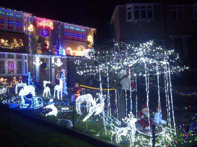 Pinewood Close lights up Shirley for Christmas