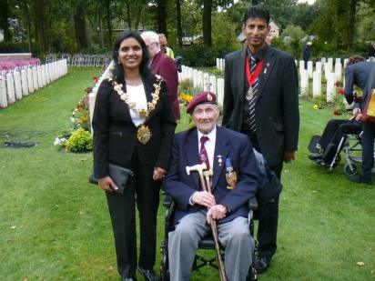 Croydon's Mayor Manju Shahul-Hameed and her consort with one of the Parachute Regiment Arnhem veterans