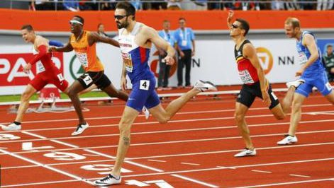 After his surge into the finishing straight, Martyn Rooney held on to win by a metre in the European final last night