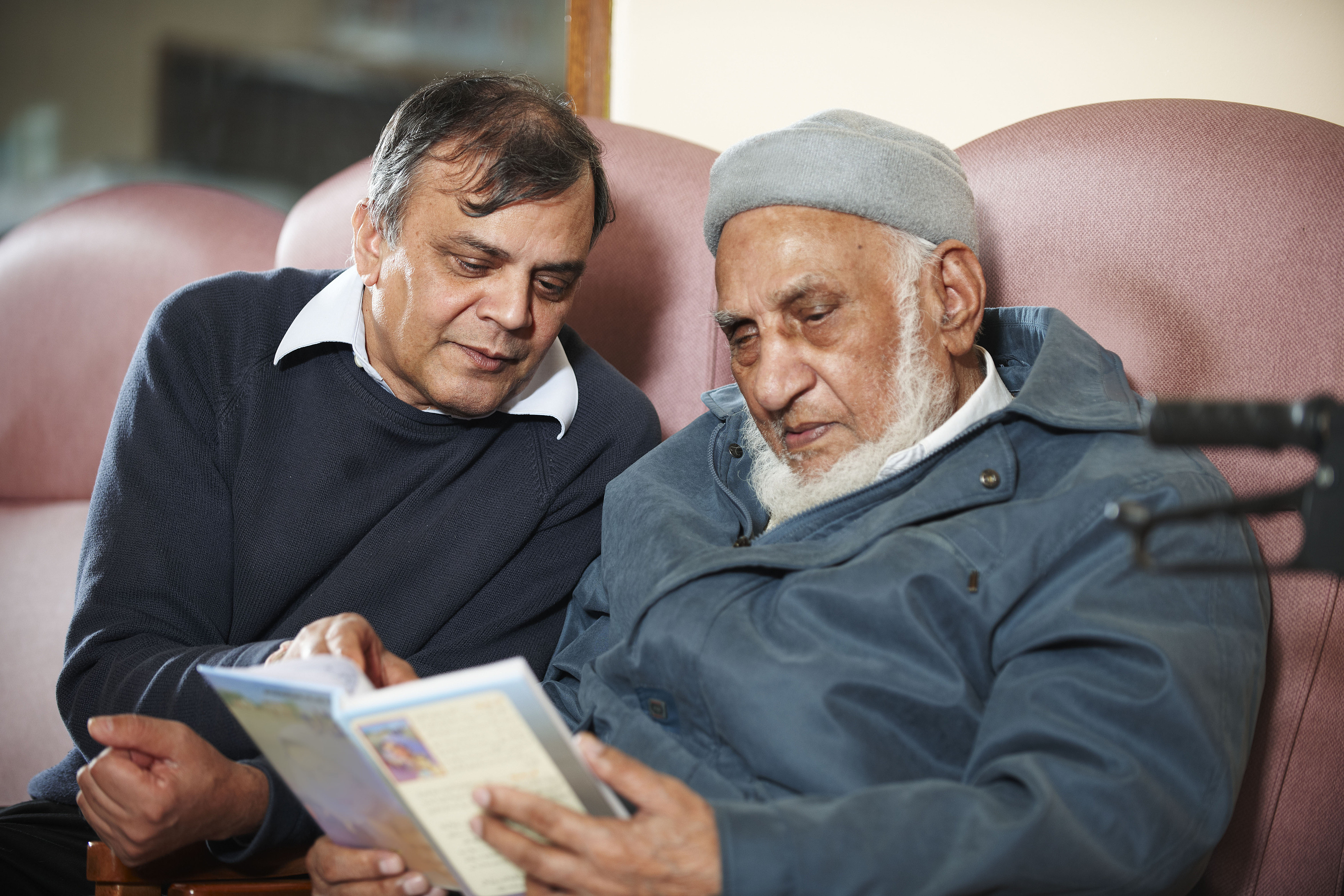 81% BME carers given inadequate advice by GPs, report ...